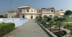 SOUVENIR-2007_Panorama-Schule-02_Bildgröße-ändern.jpg